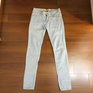 Zara 淺色Jegging褲 24