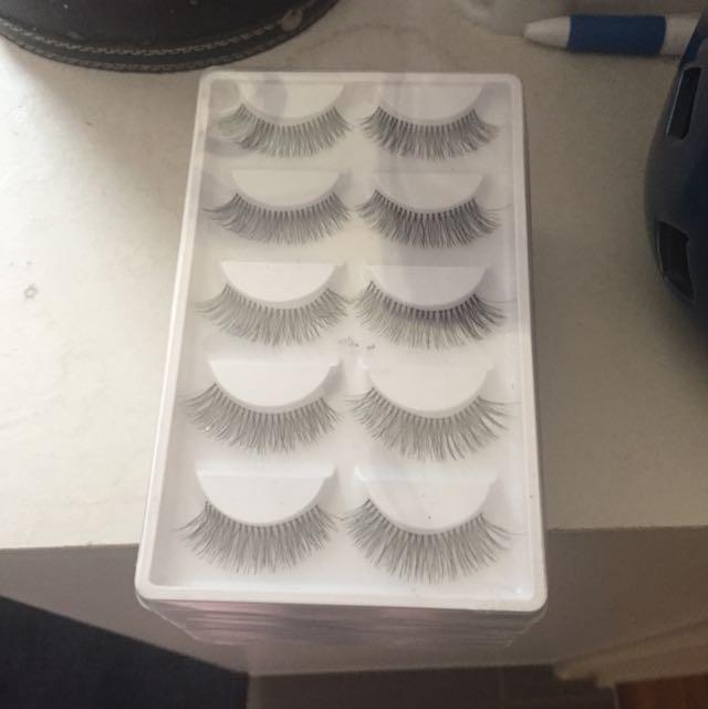 45 Sets Of Eyelashes
