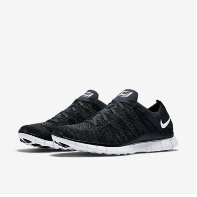 Black Nike Flyknits 5.0