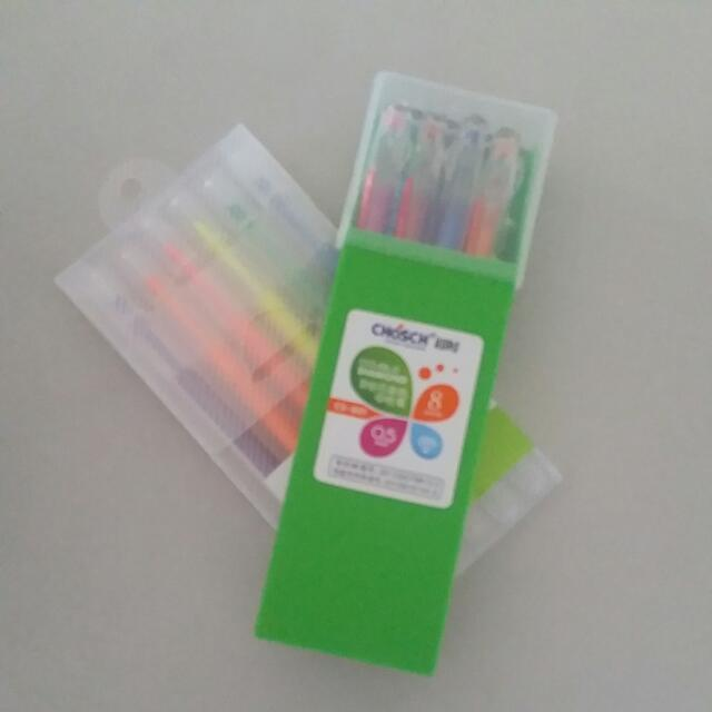 Brand New Assorted Colour Pens And Highlighter