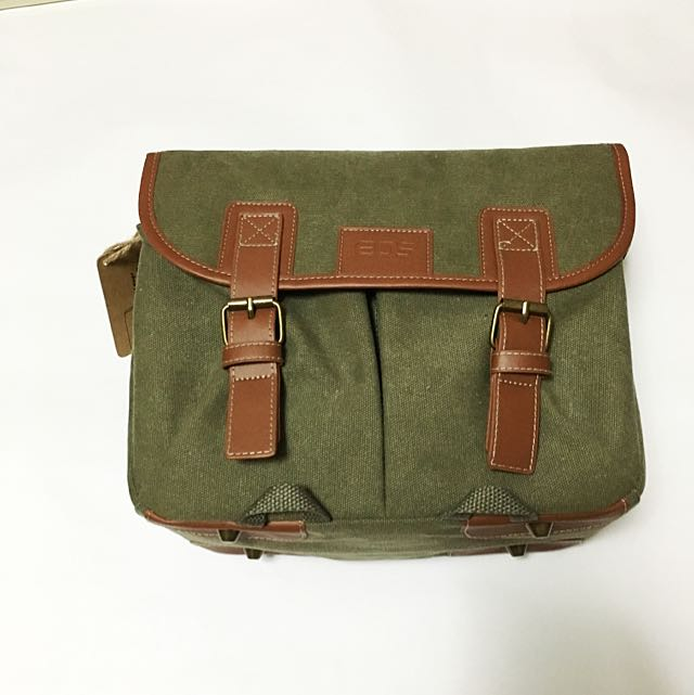 *MOVING OUT SALE* Canon M2612 Camera Bag