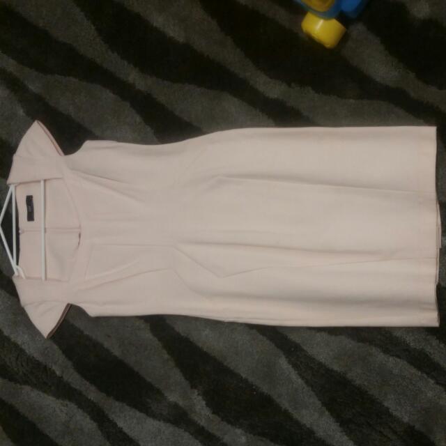 Cue Peach Dress Size 8