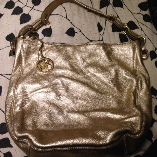 *Price Drop*Gold Leather Authentic MK Purse