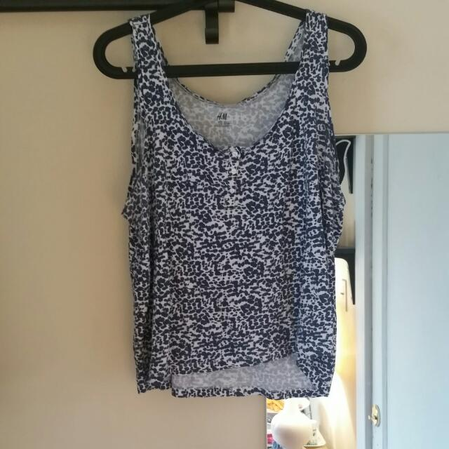 H AND M SIZE L TANK TOP