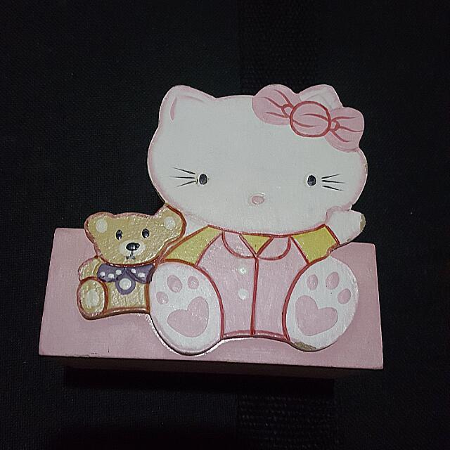 Hello Kitty Holder