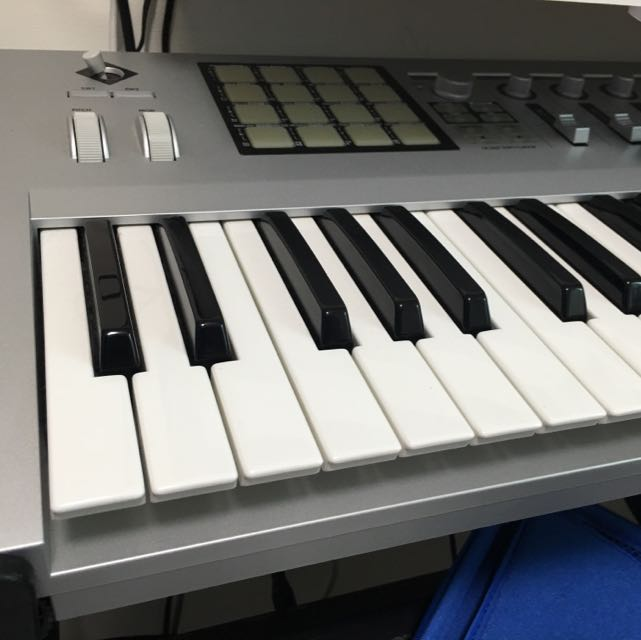 Korg Kontrol 49 Midi合成器 電子琴