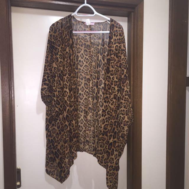 leopard print flowy Cardigan
