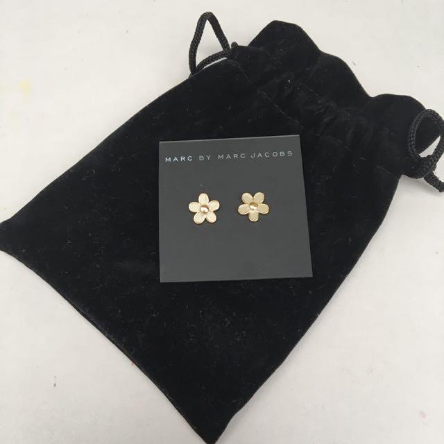 Marc Jacobs Daisy Earrings