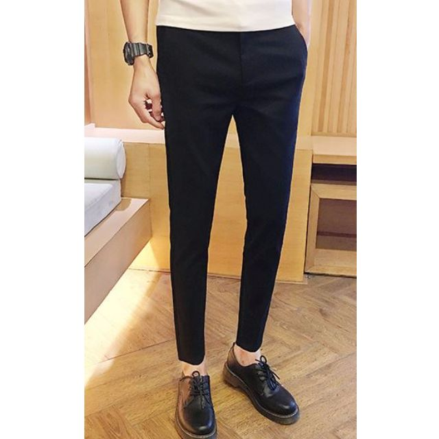 Discover Forever 21's wide variety of men's pants. Tired of jeans? Score the latest pant styles including joggers, moto pants, chinos, track pants, drawstring pants and many more!