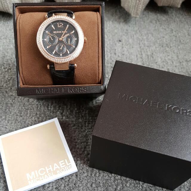 MICHAEL KORS Watch - BRAND NEW - Price reduced!