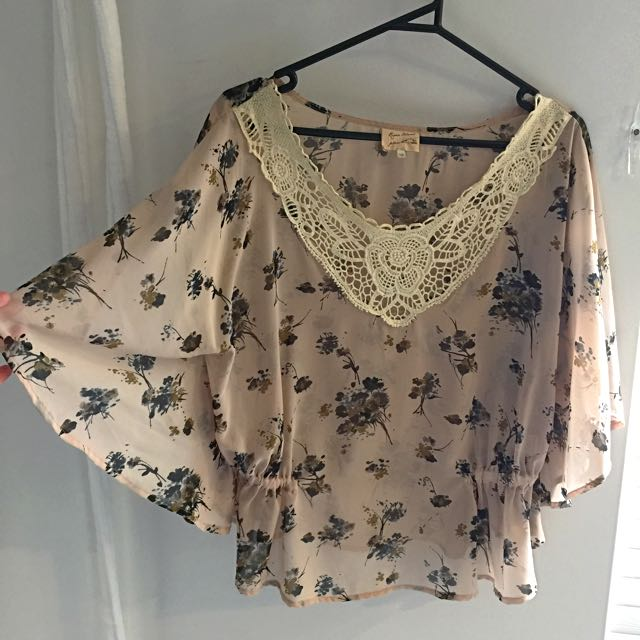 River Island Size 10-12 Top