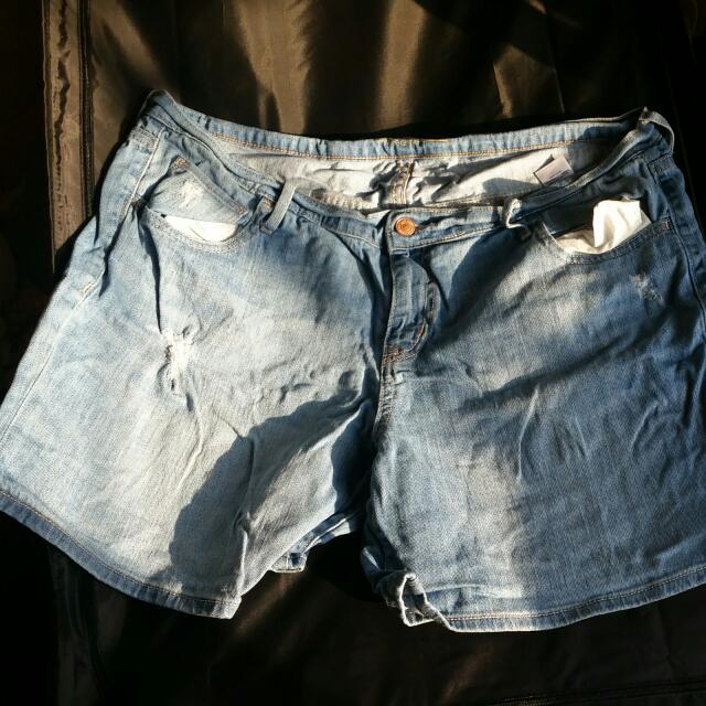 Size 14 Old Navy Jean Boyfriend Shorts