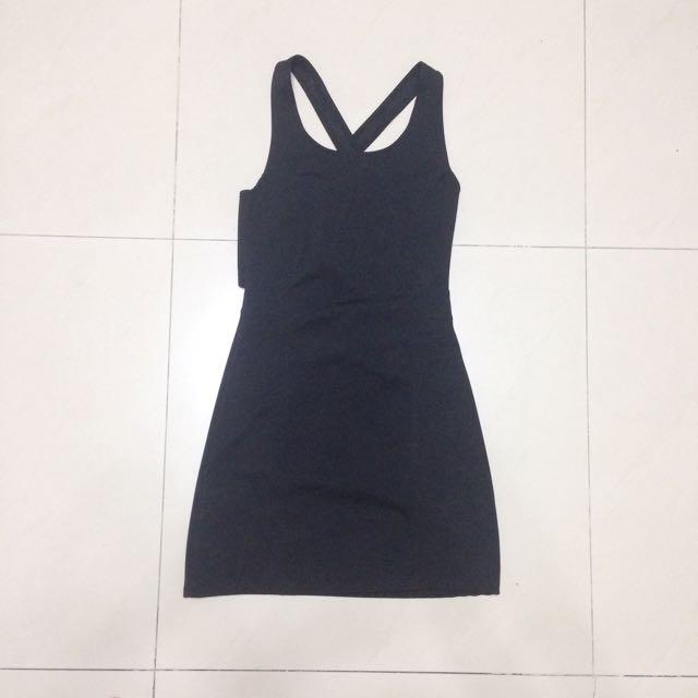 sling back black dress