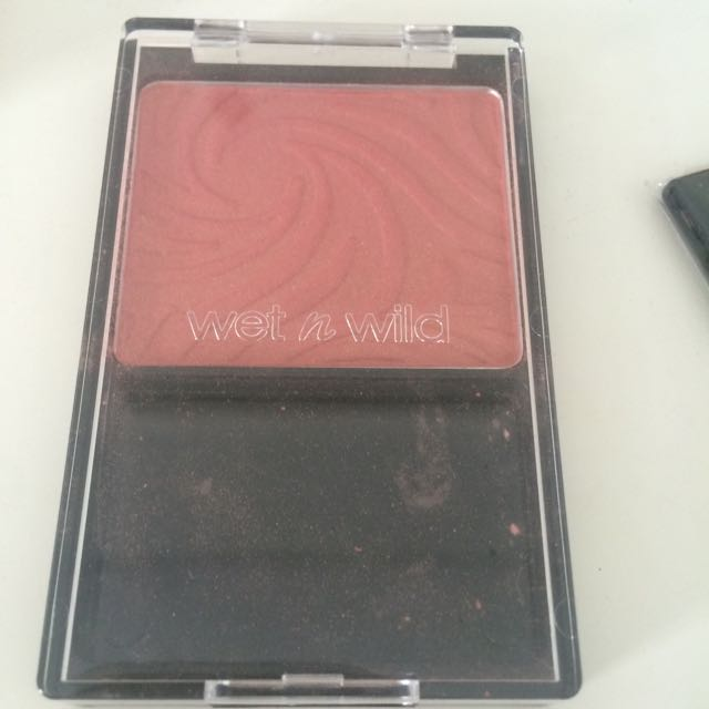 Wet N Wild Color Icon Blusher In Pearlescent Pink