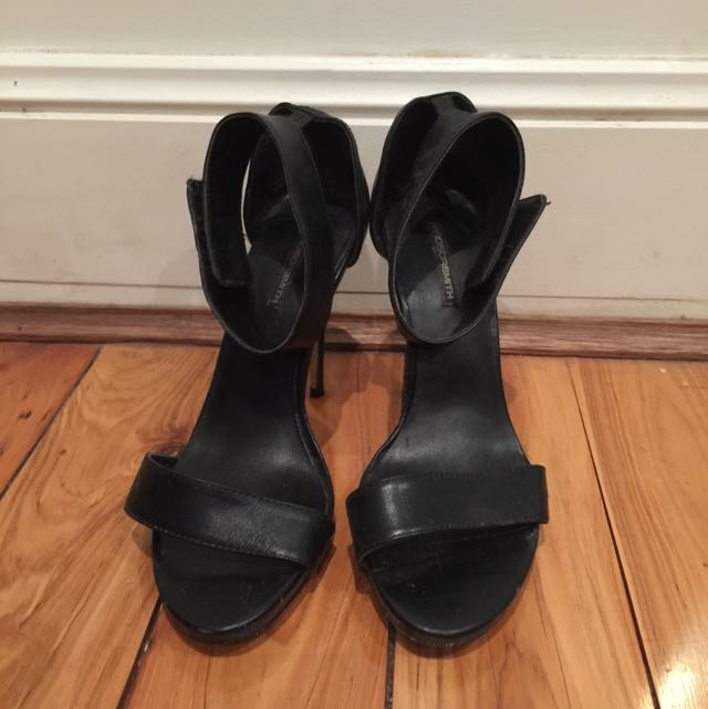Windsor Smith Black Heels Size 9