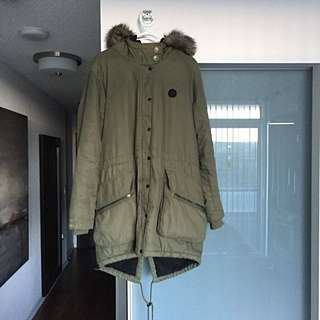 Bench - Wolfish Parka (Size XL)