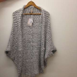 PULL and BEAR Knitted Cardigan