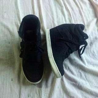 Airwalk Black Wedge Sneakers