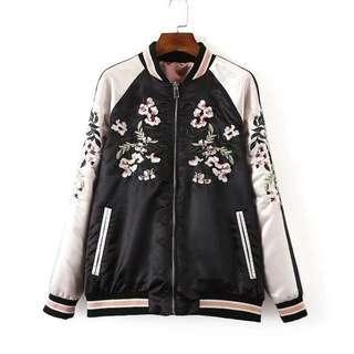全新✨刺繡花朵兩面穿夾克棒球外套/ 夾克外套