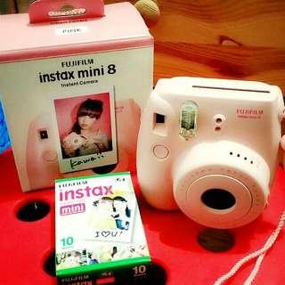 Fujifilm Instax Mini 8 (RESERVED)