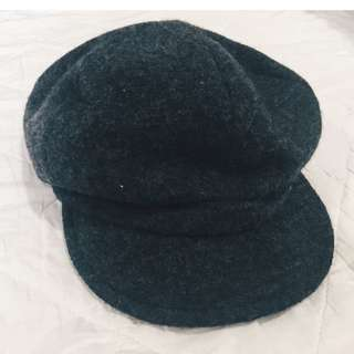 Uniqlo Black Beret