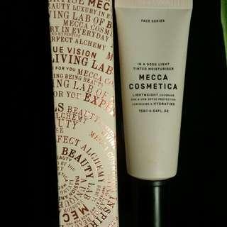 MECCA COSMETICA Tinted Moisturizer SPF 30
