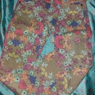Jeans Bunga Bunga