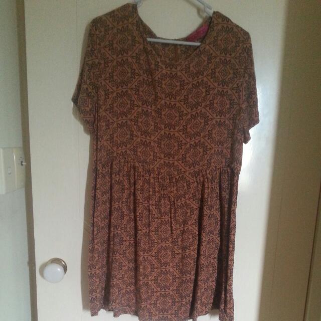 9b6fd05a0edb Boohoo Skater Dress Size 12