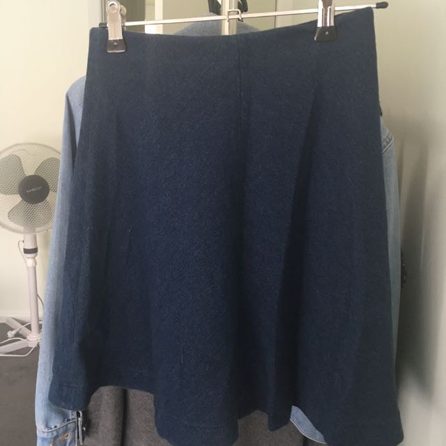 BRAND NEW UNIQLO Skater Denim Skirt