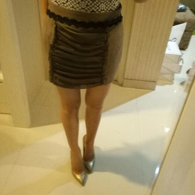 brown Mini skirt size M kecil