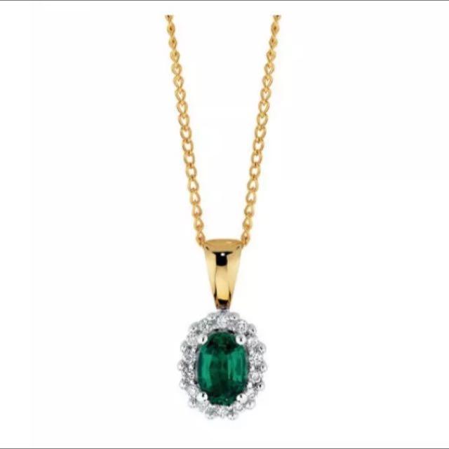 Emerald Stone Diamond Necklace And Gold Chain
