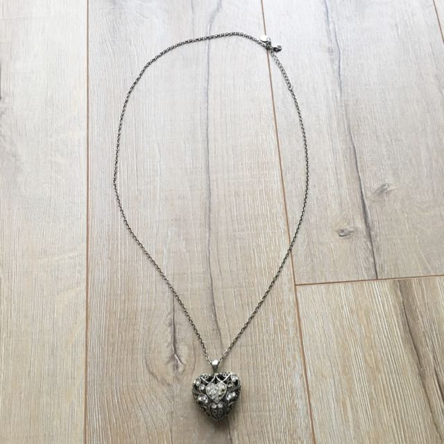 NECKLACE- HEART CAGE