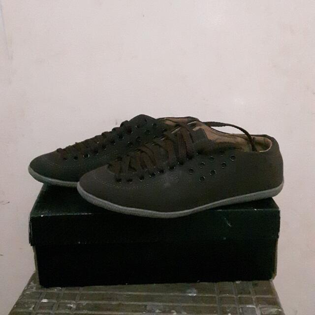 Plain Brown Sneakers