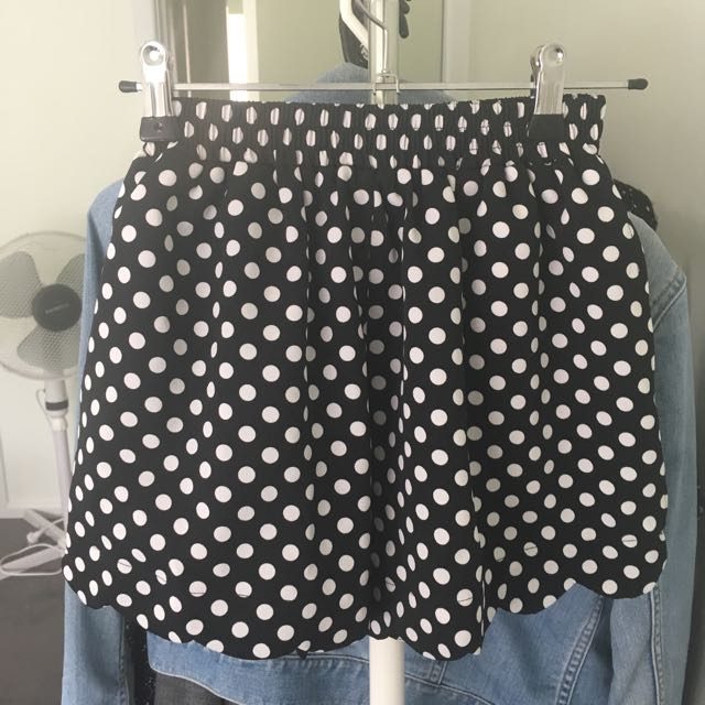 QUIRKY CIRCUS Polkadot Black & White Shorts
