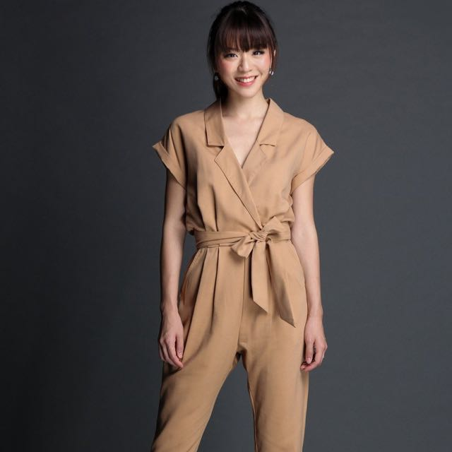 STEPHANIE UTILITY JUMPSUIT IN CAMEL
