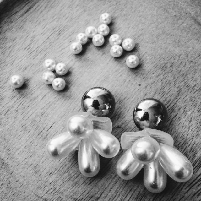 Teared Drop Pearl Earrings