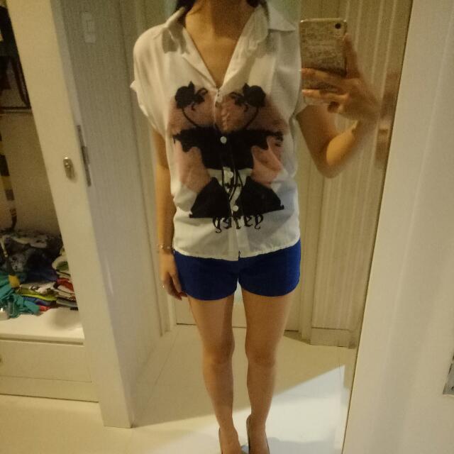 Woman Printed white Shirt size s