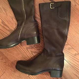 PRADA Brown Leather Boots Never Worn