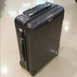 (Reserved) Rimowa Salsa Deluxe - 2 wheels