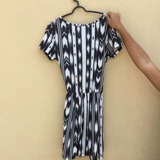Black And White Dress By Topshop