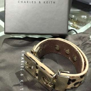 Charles&Keith Bracelet With Leopard Pattern