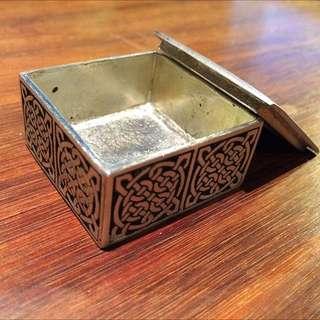 A E Williams Celtic Pewter Box