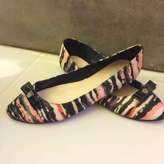 Multi Colour Flats