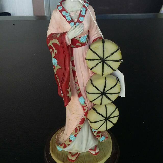Asian Doll Vennutti collection