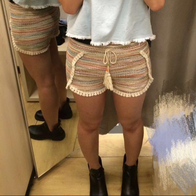 Bershka民俗風短褲m號