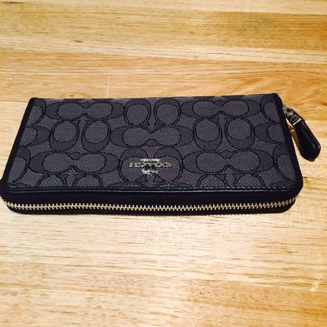 Coach Signature Accordion Zip Wallet In Black