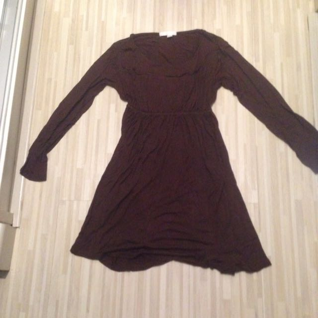 Dress Merek Magnolia. Size S-M. Warna Coklat Tua. 50rb