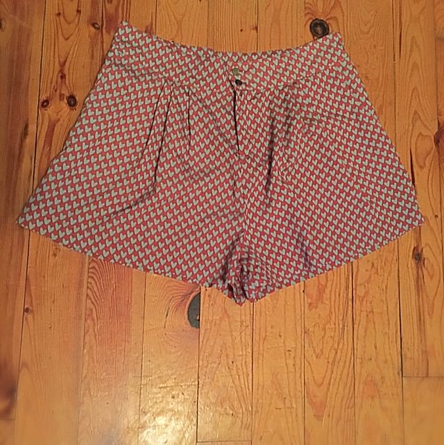 High Waisted, Pleated, Heart Print Shorts