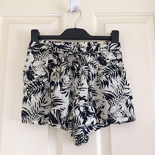 ICE leafy Shorts