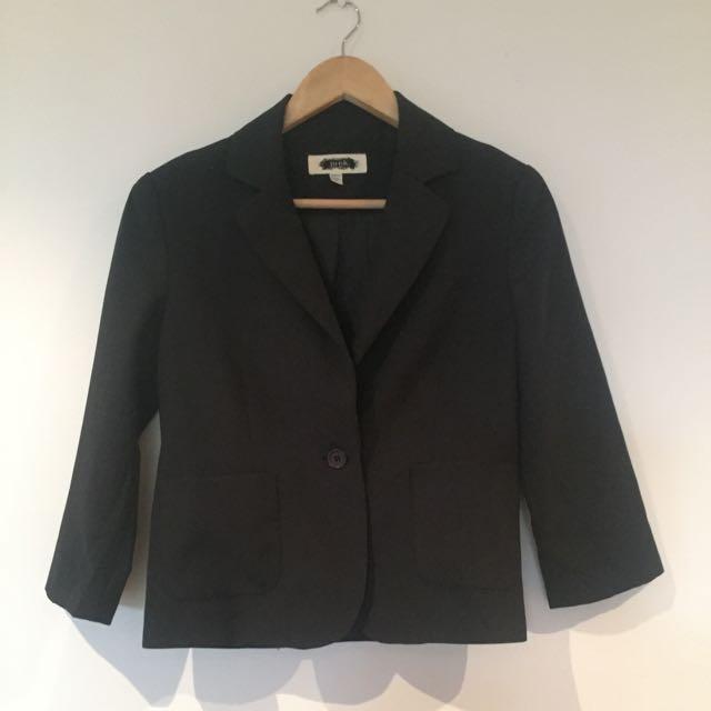 J.U.N.K Cropped Blazer Xs
